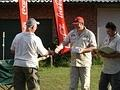 facilitators giving out prizes for 4x4 course